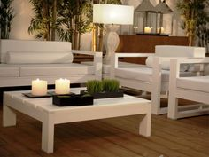 outdoor plastic coffee table