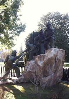 Firefighters Memorial in Sacramento, CA. Zippertravel.com Digital Edition