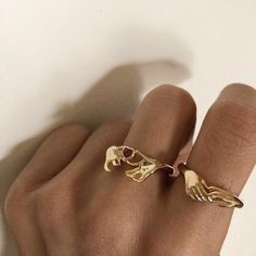 Dainty Jewelry, Cute Jewelry, Gold Jewelry, Jewelry Accessories, Accesorios Casual, Cute Rings, Diamond Are A Girls Best Friend, Bling Bling, Fashion Jewelry