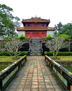 #Hue, Vietnam  Please like, repin or follow us on Pinterest to have more interesting things. Thanks.  http://hoianfoodtour.com/