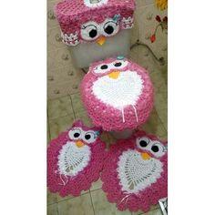 Jogo De Tapetes Corujinha Rosa Crochê Feito À Mão 4pç - R$ 215,00 no MercadoLivre