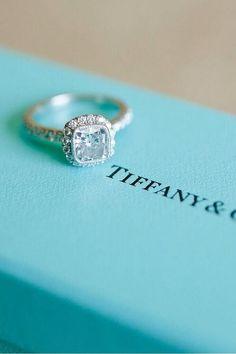 My dream ring. So beautiful.