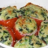 These frittatas are the best thing to pack for a picnic or school lunches. This recipe is very forgiving with fillings so use whatever you have on hand, such as cheese, meat and vegetables. Side Dish Recipes, Dinner Recipes, Top Recipes, Lunch Recipes, Recipies, Vegetarian Recipes, Cooking Recipes, Healthy Recipes, Healthy Menu