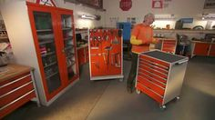 At Bott, we pride ourselves on the durability and flexibility of our workplace storage solutions. Wheeler Dealers, Edd, Storage Solutions, Discovery, Locker Storage, Workshop, Tours, Workplace, Flexibility