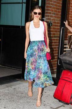 Miranda Kerr in TopShop skirt under $100