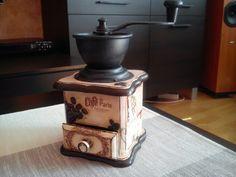Stary młynek do kawy