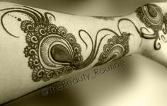 peacock feather #henna #design @thebeauty_routine