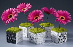 20 Colorful And Creative DIY Spring Centerpieces | Shelterness