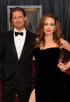 Rumor has it that Brad Pitt and Angelina Jolie wed secretly on Christmas Day and Cacharel will not be showing at Paris Fashion Week Fall Angelina Jolie Fotos, Brad And Angelina, Brad Pitt And Angelina Jolie, Jolie Pitt, Le Jolie, Cute Celebrities, Celebs, Beyonce World, Brad And Angie