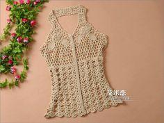 Crochet Crop Top, Crochet Tops, Crochet Carpet, Crop Tops, Tank Tops, Diy And Crafts, Crochet Patterns, Blouses, Inspirational
