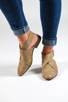 12 Best Chickme shoes images | Shoes, Fashion shoes, Sandals