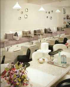 Nail Salon - Pedicure Lounge - Interior Design Idea in Scottsdale AZ I love the attached tables! Such a great idea for clients! & 71 best Contemporary pedicure chairs u0026 Beauty salon Ideas images on ...
