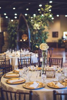 Rustic Wedding Decor | Photo: Ama Photography | Venue: Agave Estates