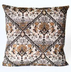 Daniel Stuart Studio - Toss Cushions - Loire Valley / Pewter
