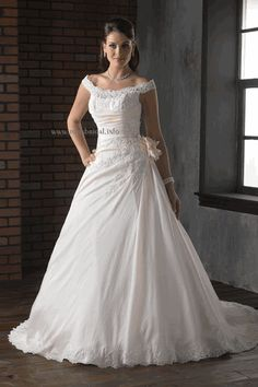 Anyone NOT having a strapless gown? Post pics! :  wedding t9569 david039s Derekiang11008a