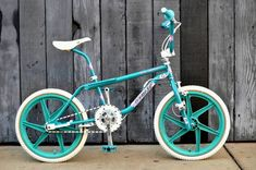 1987 Gt pro freestyler tour team model Vintage Bmx Bikes, Retro Bikes, Bmx Wheels, 24 Bmx, Gt Bikes, Team Models, Cycling Art, Cycling Quotes, Cycling Jerseys