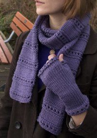 Use this free knitting pattern to make this elegant Montgomery Scarf.  This is a perfect pattern for a beginner - lovely and easy.