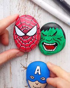 Cool super hero stone painting - You are in the right place about diy Here we offer you the most beautiful pictures about the diy - Rock Painting Patterns, Rock Painting Ideas Easy, Rock Painting Designs, Paint Designs, Rock Painting Ideas For Kids, Pebble Painting, Dot Painting, Pebble Art, Stone Painting