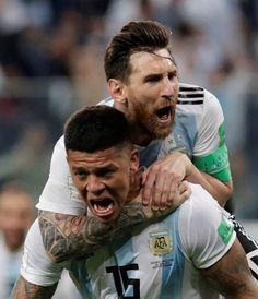 Marcos Rojo . Lionel Messi Lionel Messi, Messi 10, Chelsea Football Team, Football Soccer, Neymar, Argentina World Cup 2018, Argentina Football Team, Messi Fans, Milan