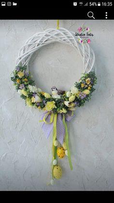Flip Flop Wreaths, Winter Table, Silk Floral Arrangements, Easter Flowers, Easter Wreaths, Flower Bouquet Wedding, Creative Decor, Spring Crafts, Easter Crafts