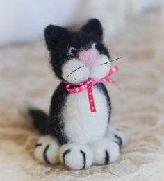 Needle Felted Kitty Cat by Cynthia Foust Wolfe by thefeltedcottage, $27.00  2 Available  Handmade with love♥