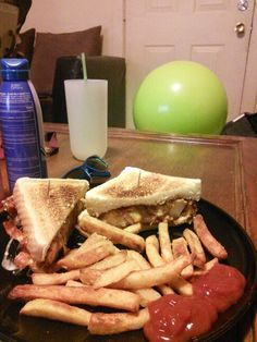Homemade honey bbq chicken super melt from friendlys