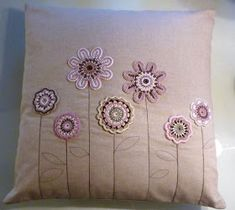 Good morning dear ones, I hope you all had a lovely Valenti … - Valentinstag Crochet Cushion Cover, Crochet Cushions, Crochet Pillow, Crochet Motif, Crochet Flowers, Crochet Patterns, Hand Embroidery Tutorial, Hand Embroidery Designs, Embroidery Patterns