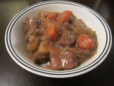 Yeast Free Crockpot Beef Stew – Candida Diet Recipe http://yeastfreeliving.com/yeast-free-crockpot-beef-stew/