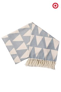 Toss this new @NateBerkus Triangle Throw Blanket over your favorite reading chair, or drape it along the foot of your bed. No matter how you use it, it will add a nice and cozy design dimension.