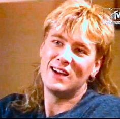 So perfect! Bring back the mullet lol!