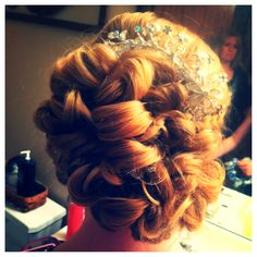 Prom updo Homecoming Updo, Prom Updo, Updos, Weave, Dream Wedding, Hair Makeup, Long Hair Styles, Beauty, Up Dos