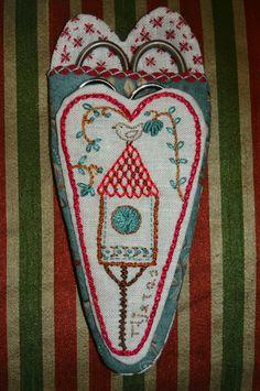 Momentos de Costura: Guarda tijeras felt ,fabric and embroidery scissor holdersshabby chic style