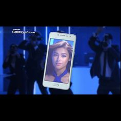 """Just like Liza, you can now view your photos and selfies with ease with the #GalaxyJ2PrimePH's 5"""" HD screen! #JumpToYourPrime and visit http://spr.ly/GalaxyJ2PrimePH to know more."""