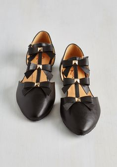 See it to Bow-lieve It Flat in Black