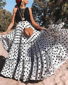 New Sexy Sleeveless Polka Dot Dress Set – dresshelike Look Fashion, Skirt Fashion, Fashion Models, Fashion Dresses, Dresses Dresses, Fashion Brands, Cheap Fashion, Boho Maxi Dresses, Fashion 2017