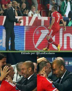 #MejoresImagenesDel2013  La eufórica celebración de Ribéry que la comparte con su DT Guardiola, luego de anotar un gol en la final de Super Copa de Europa.