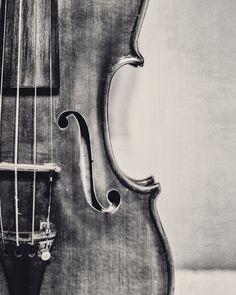 Old Violin Fine Art Photography Violin Musical by KEnzPhotography  #violin #photography #fiddle #music #blackandwhite