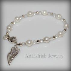 Bracelet Pearl Angel Wing - ASTERrisk Handmade Jewelry