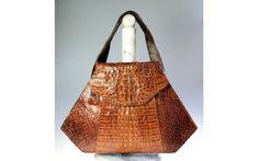 Vintage Alligator Crocodile Leather Ladies Triangle Handbag Purse w Tail Section Purse Brands, Vintage Handbags, Crocodile, Triangle, Reusable Tote Bags, Purses, Lady, Leather, Handbags