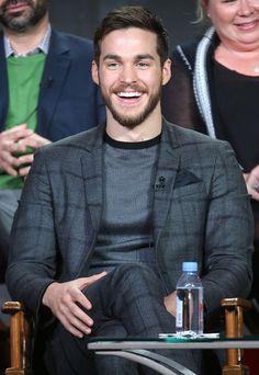 Chris Wood joins Supergirl Season 2