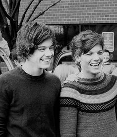 why everyone should ship larry. for the most part, larry is the most popular ship in one direction. although it's the most popular, there are a lot of people who remain unconvinced. Larry Stylinson, Larry Shippers, Wattpad, Louis And Harry, Harry Edward Styles, Liam Payne, Louis Tomlinson, To My Future Husband, Memes