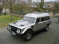 1986 Lamborghini LM002 (Sultan of Brunei)