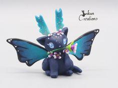 Hey, diesen tollen Etsy-Artikel fand ich bei https://www.etsy.com/de/listing/498444814/mitternacht-kittyfly-ton-skulptur