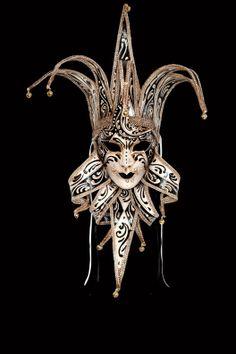 Siena Jolly venetian mask papier mache for sale. 100% handcrafted in venice by venetian masters.