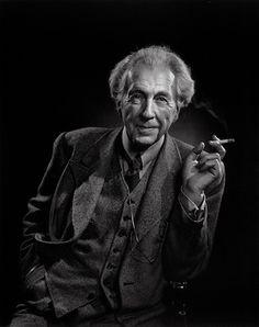 Frank Lloyd Wright, 1945. Yousuf Karsh photo.