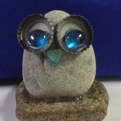 # Stone Owl with stones Stone Owl . # Stone Owl - Stone owl … owl with stones Stone owl … owl - Crafts To Make, Arts And Crafts, Homemade Crafts, Deco Nature, Owl Crafts, Rock Painting Designs, Junk Art, Stone Crafts, Owl Art