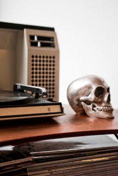 , lately I have gone crazy for skulls.....