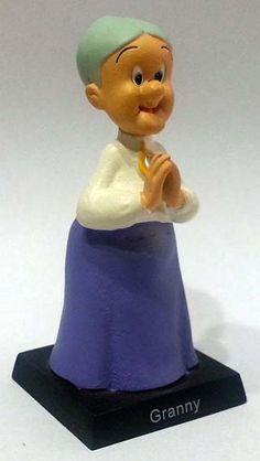 Beaky Buzzard Killer Figurine Looney Tunes Warner Bros