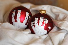 Handprint Ornament DIY - going to try this today, I hope Nolan cooperates! kind of nervous...