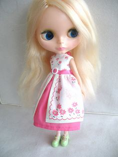 My lovely vintage blond 1972 Kenner Blythe doll Bella.  Picture is also featured on http://bigeyedbuys.com  where you can also buy your very own Blythe dolls and accessories too!